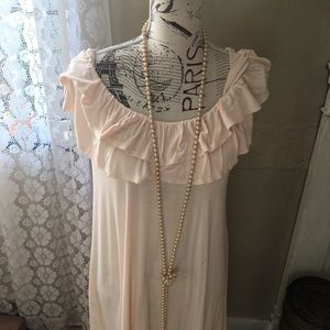 Beautiful cream colored maternity tunic